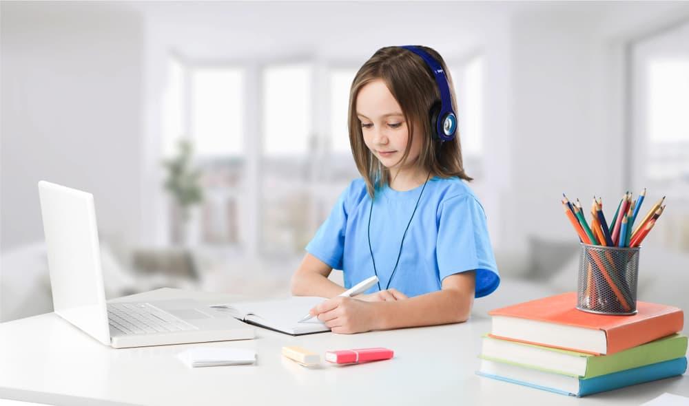 63. Học tiếng anh trực tuyến với giáo viên nước ngoài cần chuẩn bị những gì để đạt hiệu quả cao 1